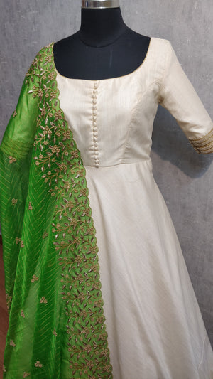 Offwhte Annarkali with embellished green duppata