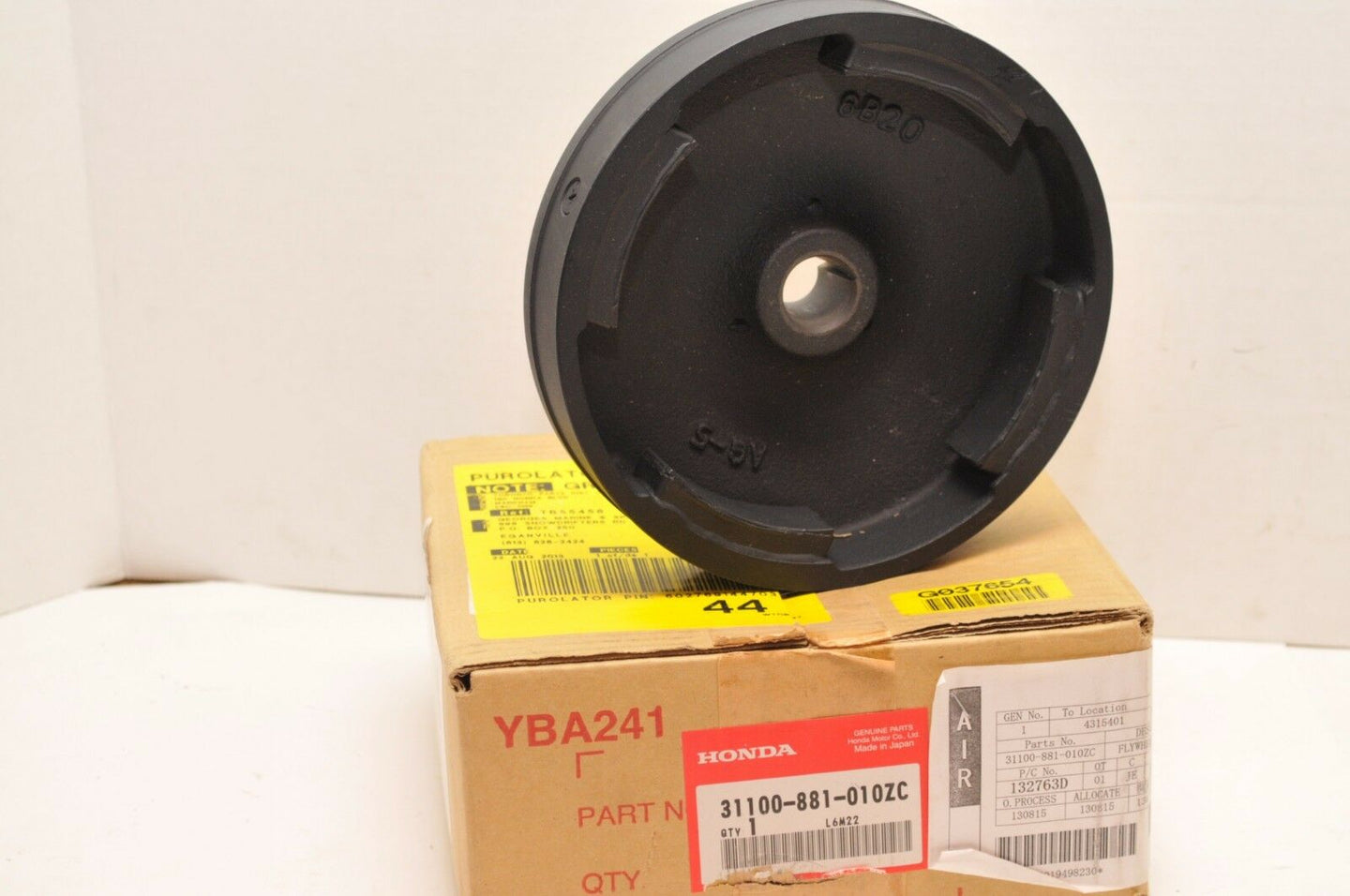 OEM Honda MARINE 31100-881-010ZC FLYWHEEL (IGNITION COIL) BF8 BF100 BF75 ++