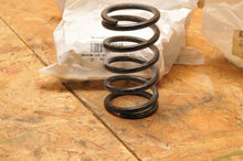 Load image into Gallery viewer, NEW OEM SKI-DOO CLUTCH SPRING 414817800 BLUE/VIOLET GSX RENEGADE MXZ SKANDIC ++