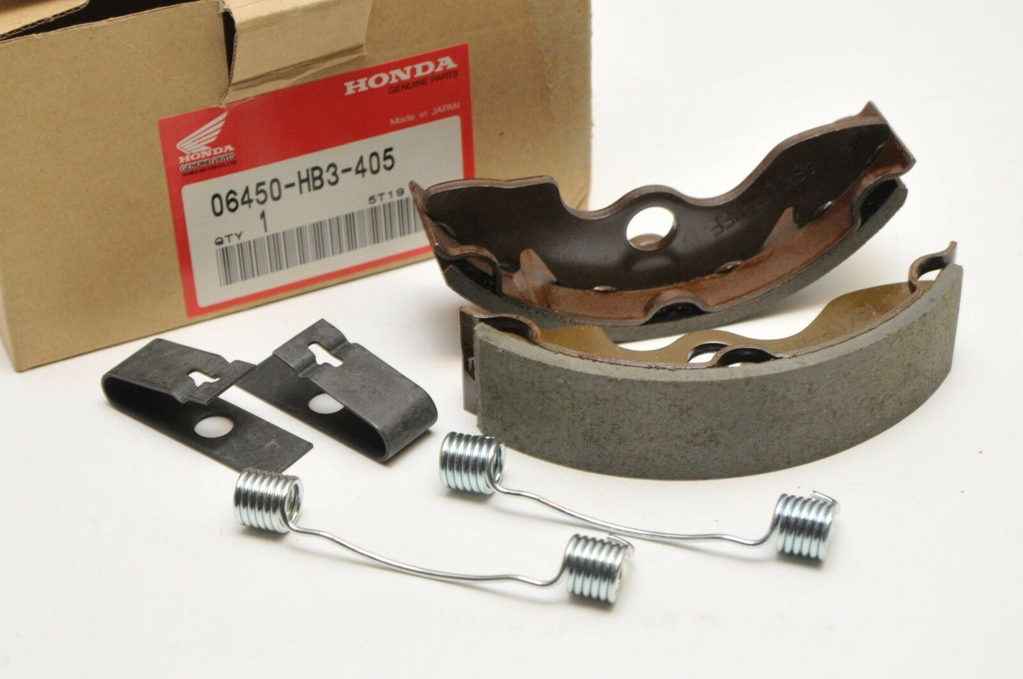 NEW NOS OEM HONDA 06450-HB3-405 BRAKE SHOE SET TRX300 FOURTRAX 300