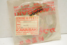 Load image into Gallery viewer, NOS GENUINE KAWASAKI 21021-003 IGNITION/BREAKER PLATE Z1 1973-74-75