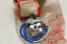 Load image into Gallery viewer, NOS OEM HONDA 35300-003-820 SWITCH, DIMMER+HORN CA100 CA102 CM91