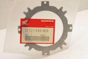 NEW NOS OEM HONDA CLUTCH PLATE 22321-046-020 (000-010) ATC90 CT90 CT70 Z50R +++ - Motomike Canada