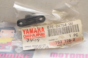 NEW NOS OEM YAMAHA 87E-24754-00-00 HOOK,SEAT (MALE) OVATION EXCITER PHAZER VMAX+