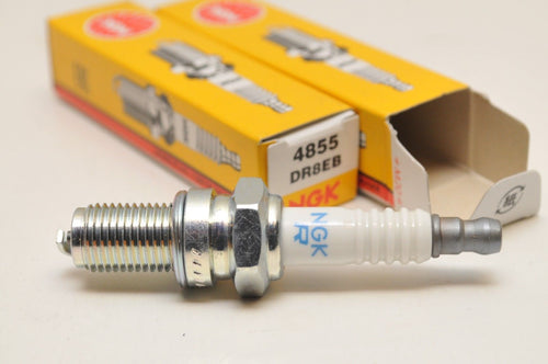 2pcs NGK DR8EB SPARK PLUGS BMW F650 G650 GS ++