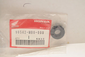 NEW NOS OEM HONDA 90542-MB0-000 RUBBER,MOUTING (SEAL) VF1100C VT750DC VT600 ++