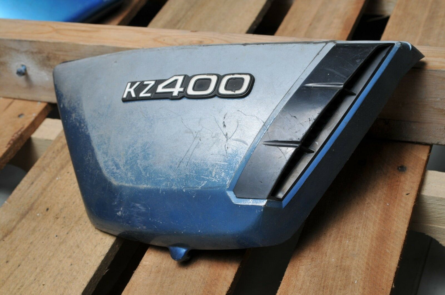 GENUINE KAWASAKI SIDE COVER KZ400  BLUE 36007-053-4X