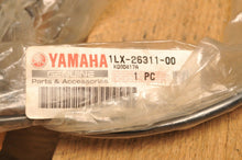 Load image into Gallery viewer, NOS OEM YAMAHA 1LX-26311-00 CABLE, THROTTLE -  YZ125 YZ125S 1986