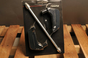 RIZOMA PM501B ENGINE GUARDS /FRAME SLIDER - SHAPE - DUCATI MONSTER HYPERMOTARD +