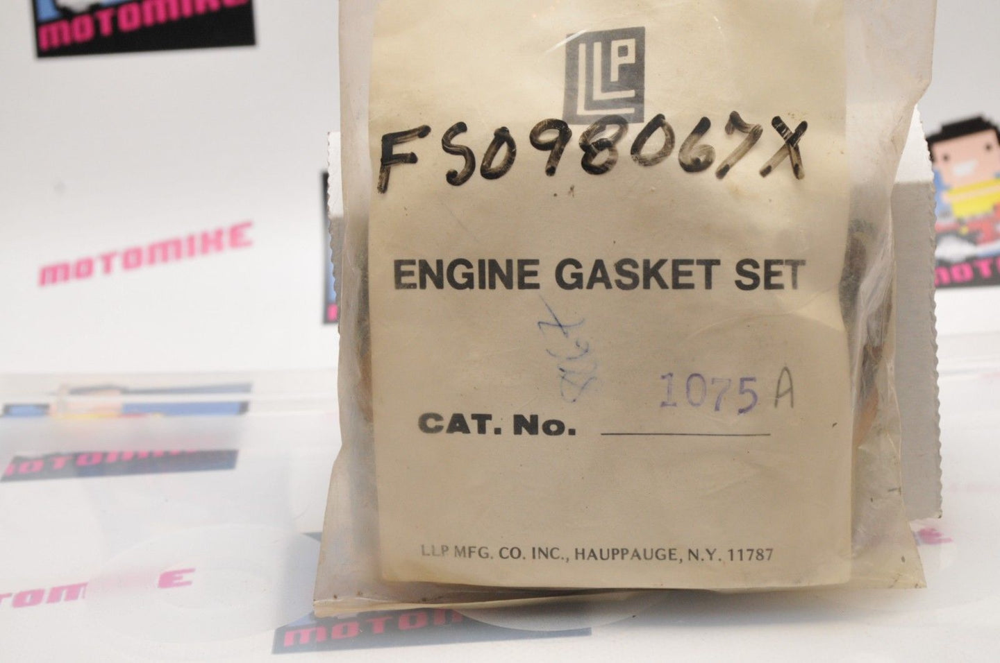NEW NOS FULL GASKET SET LLP 1075A // 8067X