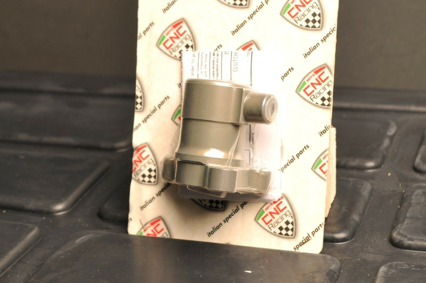 CNC RACING AF292N DUCATI CLUTCH SLAVE CYLINDER SBK 1199 + PANIGALE NATURAL 26mm