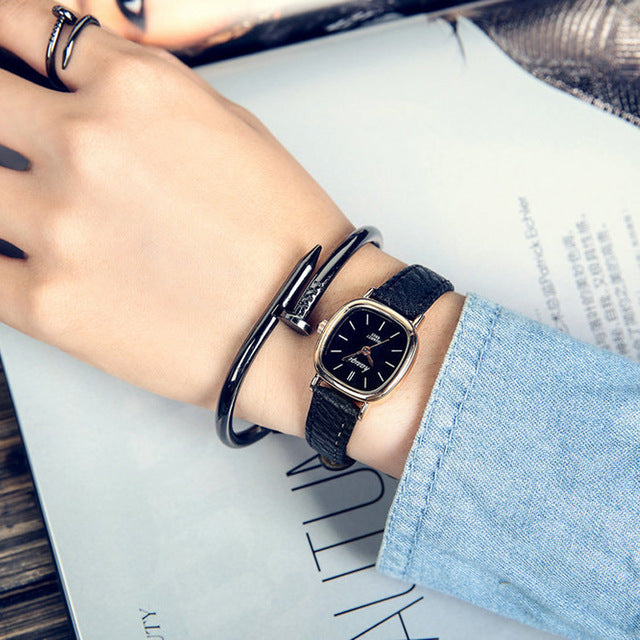 2018 Top Brand Women Watches fashion Quartz watch for Ladies leather band brown black Retro Wrist Watch female vintage watch