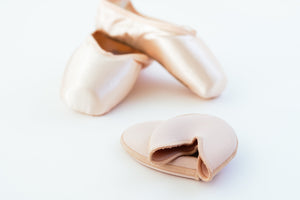 What to Expect at your Pointe Shoe Fitting: