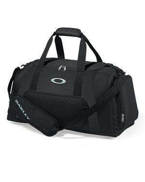Brand: Oakley | Style: 92904ODM | Product: 55L Gym to Street Duffel Bag