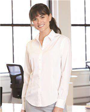 Brand: Van Heusen | Style: 13V0462 | Product: Women's Flex 3 Shirt With Four-Way Stretch