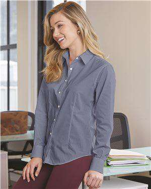 Brand: Van Heusen | Style: 13V0466 | Product: Women's Chambray Spread Collar Shirt