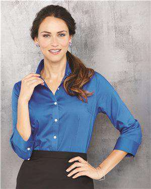 Brand: Van Heusen | Style: 13V0527 | Product: Women's Three-Quarter Sleeve Baby Twill Shirt