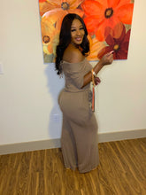 Load image into Gallery viewer, Peaches & Cream  jumpsuit ( Mocha)