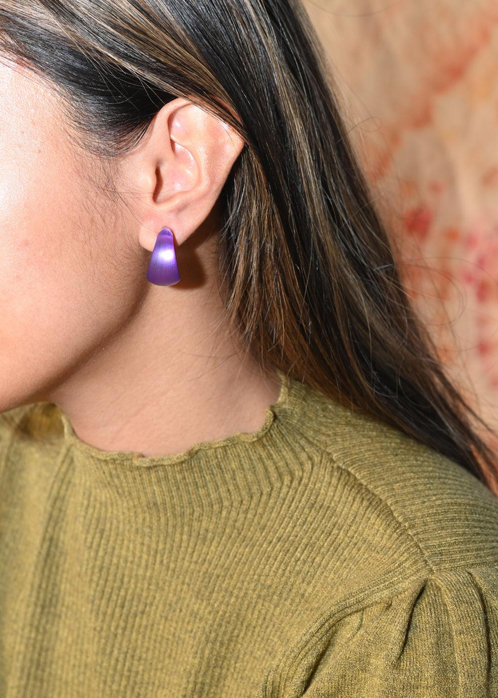 Huggie Earrings - Violet