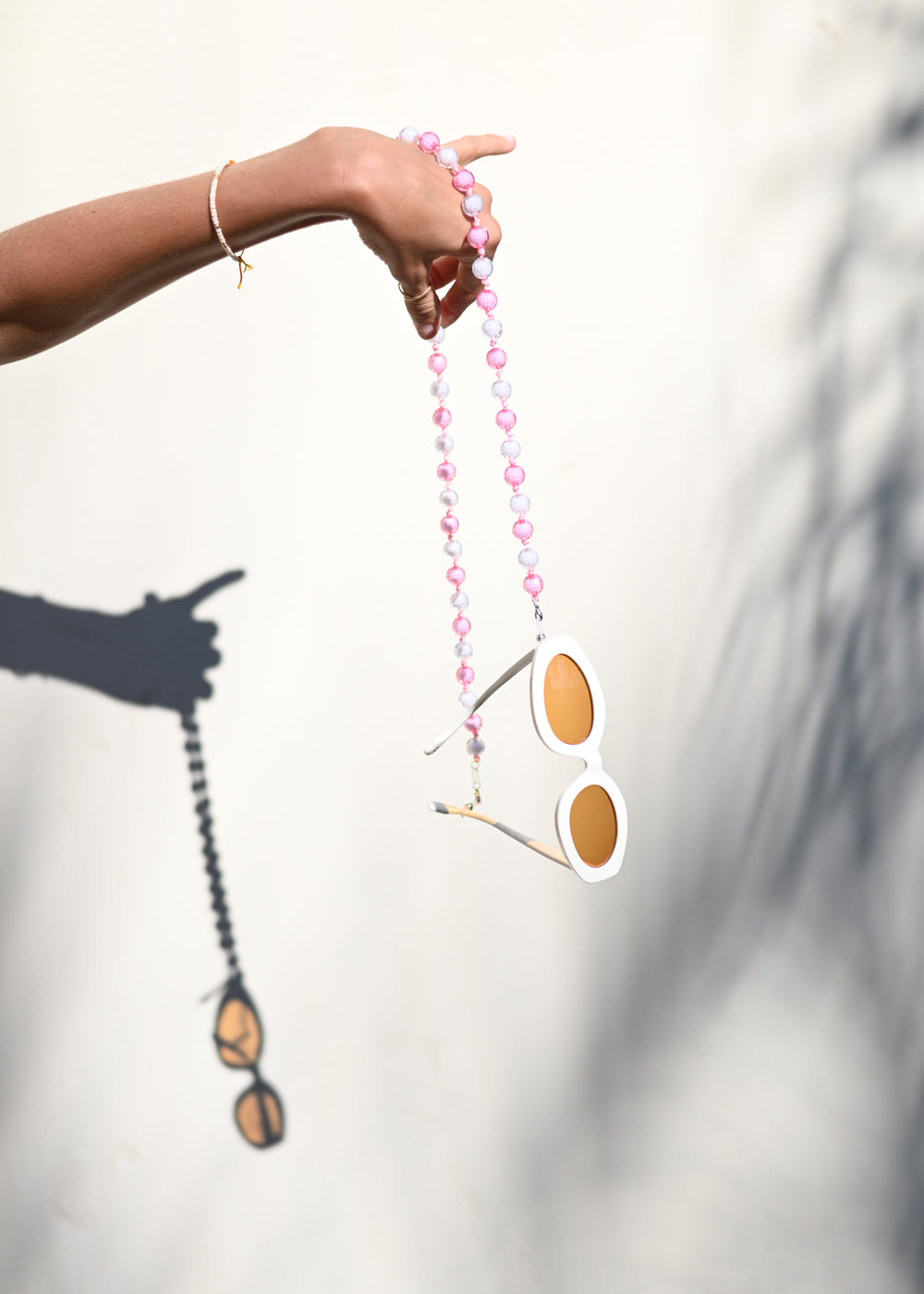 Sunglass Chain - Shrimp - cara cara