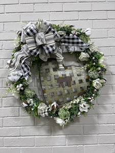 PINE WREATH WITH COTTON