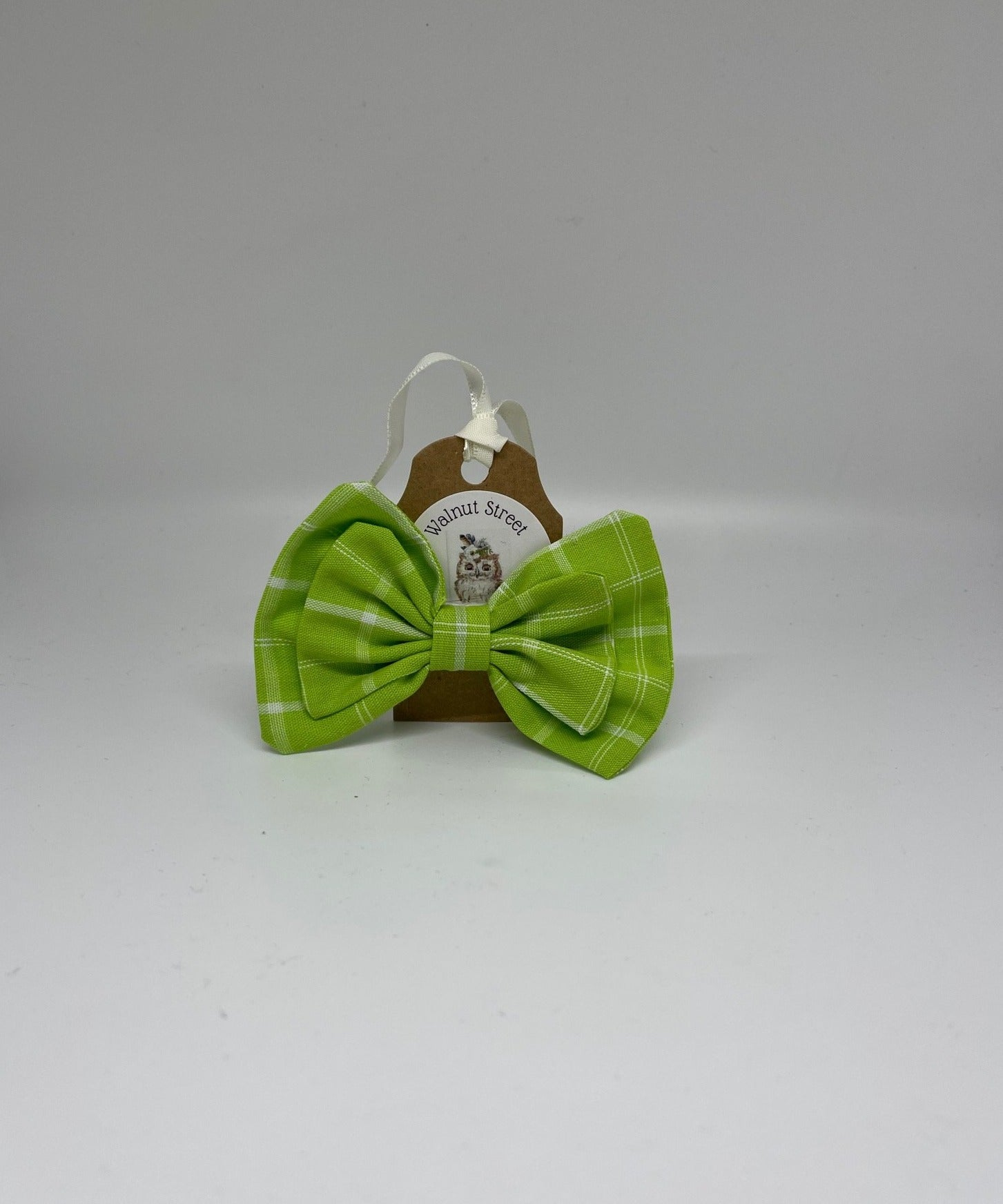 WALNUT STREET TREASURES -LIME GREEN