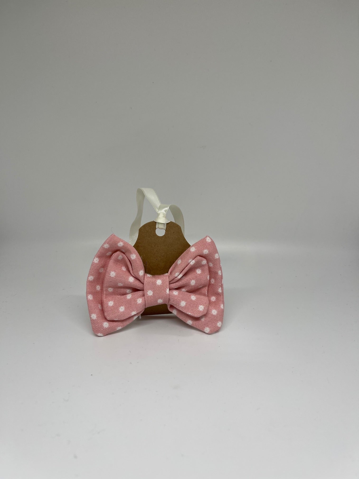 WALNUT STREET TREASURES - PINK WITH WHITE POLKADOTS