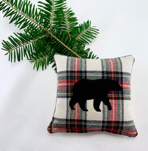Load image into Gallery viewer, Maine Balsam Fir Sachet with Appliqued Black Bear on Cotton and Linen