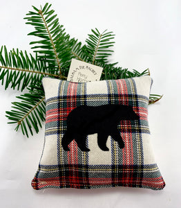 Maine Balsam Fir Sachet with Appliqued Black Bear on Cotton and Linen