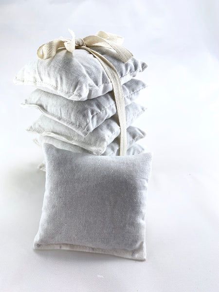 Lavender Sachet Set of 5 with White Cotton Fabric