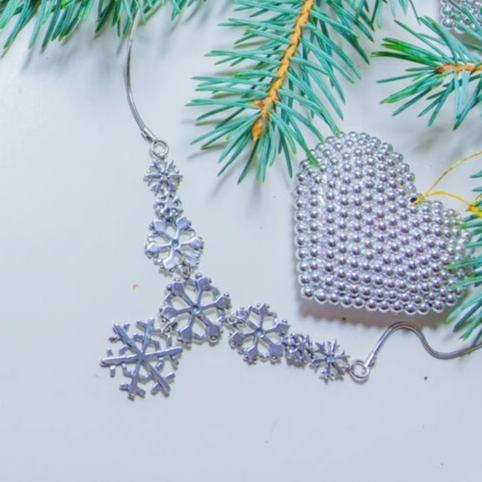 Snowflake Necklace No 2