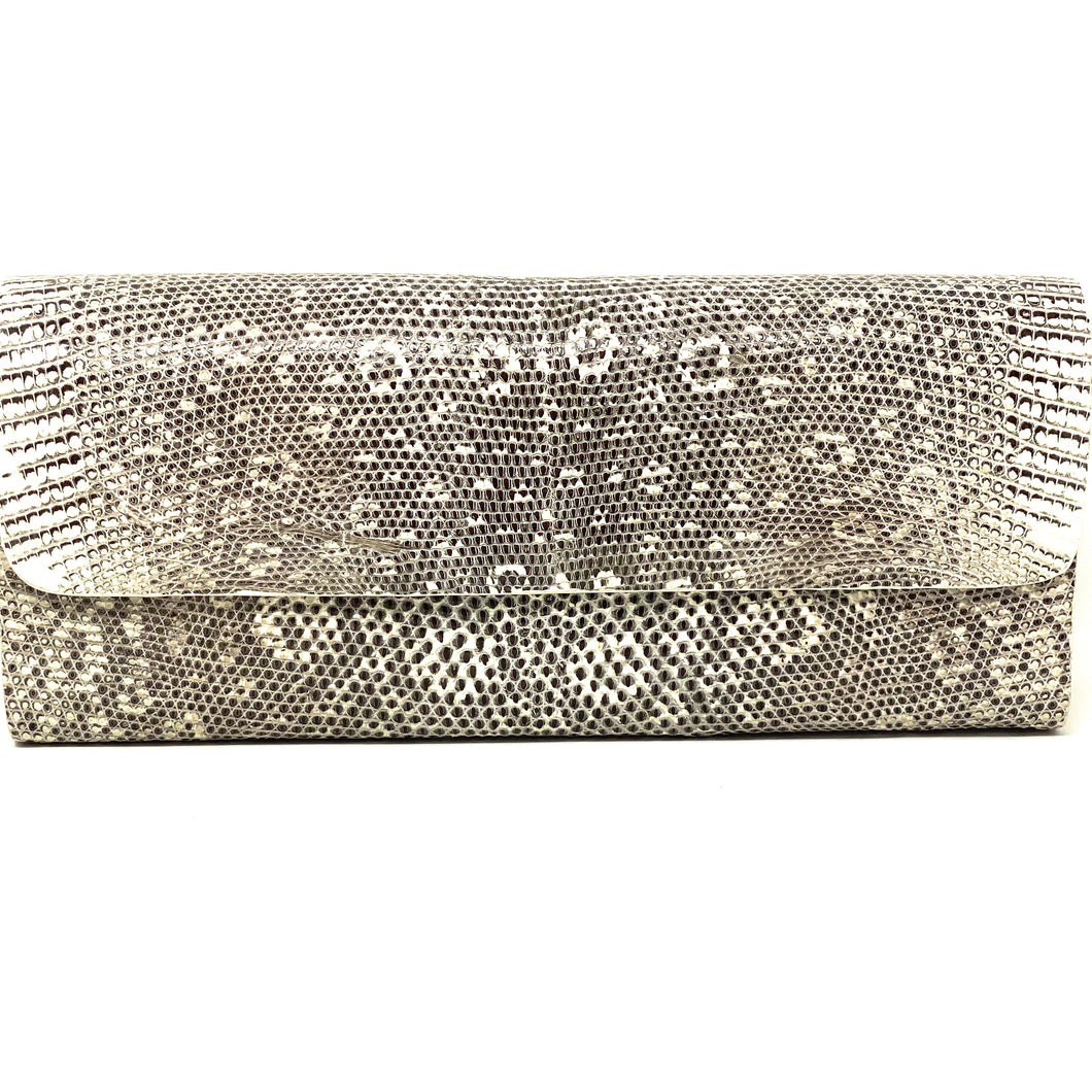 Ingrid- Ringed Lizard Clutch