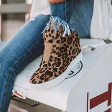 Load image into Gallery viewer, Bonnieshoes Fashion Leopard Special Design Sneakers