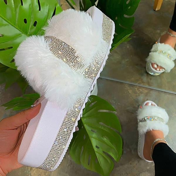 Bonnieshoes Women Faux Fur Rhinestone Casual Slip On Slippers