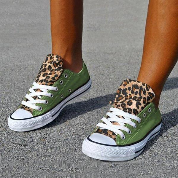 Bonnieshoes Lace-Up Canvas Leopard Flat Heel Casual Sneakers