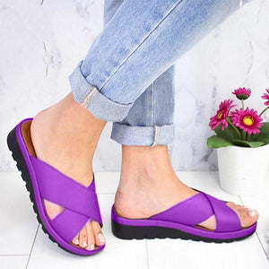 Thick soled wedge heel criss cross hollowed-out sandals