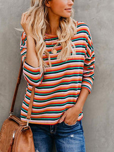Round neck striped print bat sleeve T-shirt