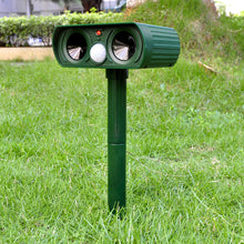 Load image into Gallery viewer, 2Pcs Solar Powered Ultrasonic Animals Repeller Cat Dog Deterrent Scarer Repellent for Outdoor Use Garden Supplies