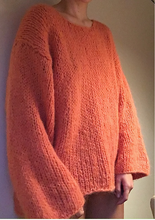 Load image into Gallery viewer, DRØMME SWEATER