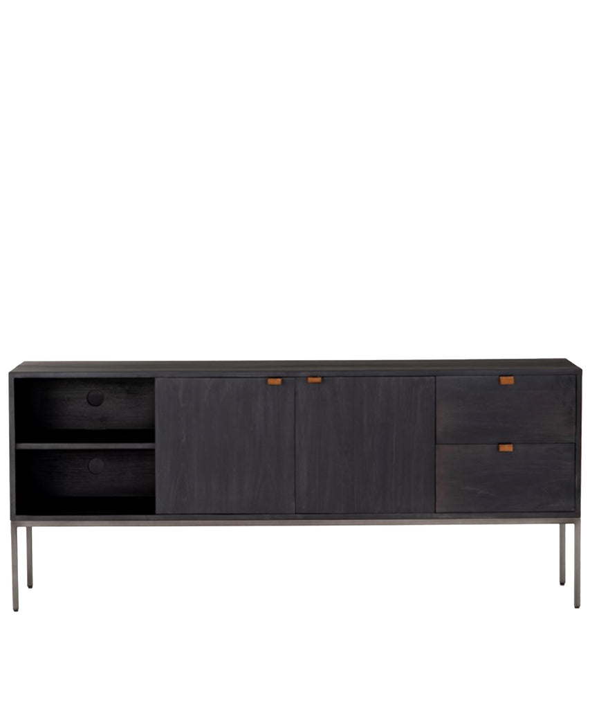 Travis Console, Ebony