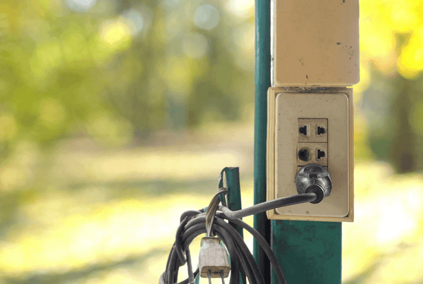 Best Outdoor Cooling Solutions — What Do Plugs Have to do with it?