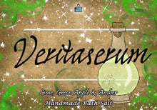 Laden Sie das Bild in den Galerie-Viewer, Veritaserum - Lime, Green Apple & Amber - Bookish Bath Salt