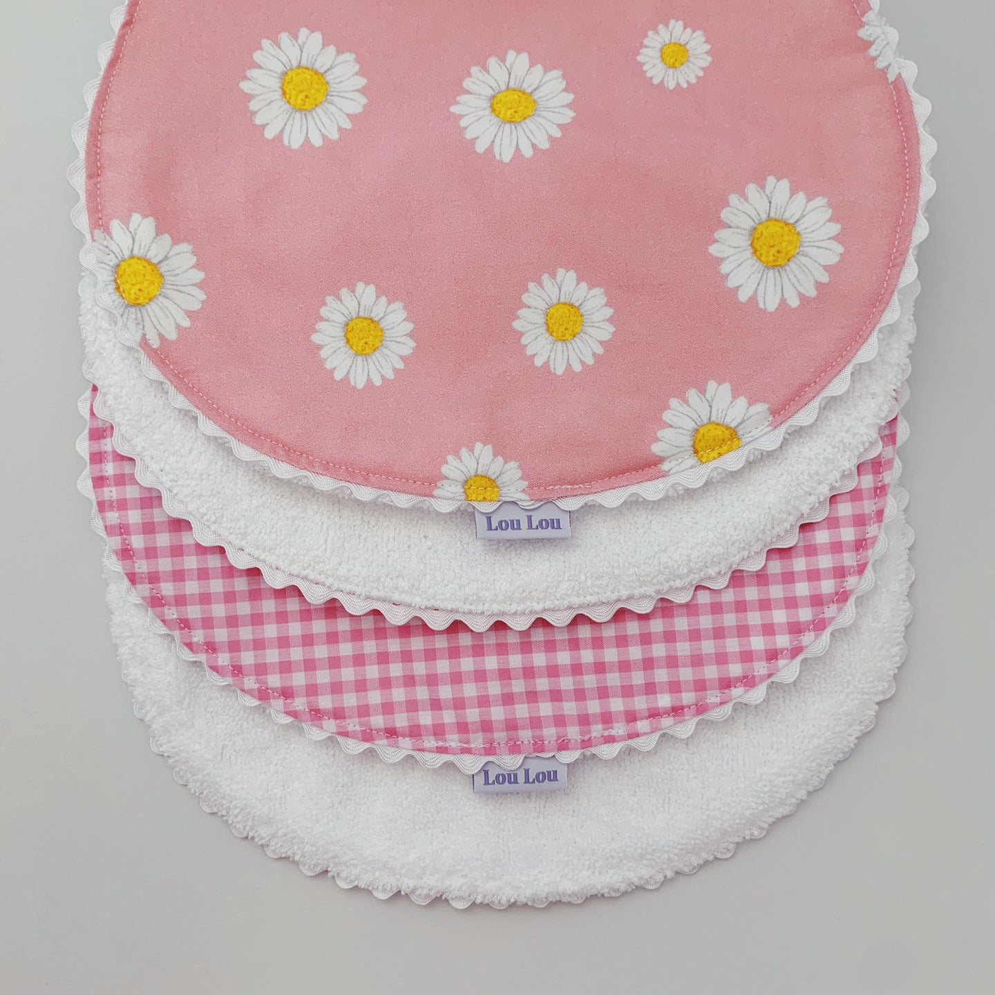 ~ PREORDER ~ Daisy Chain Burp Cloth