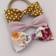 Load image into Gallery viewer, Mauve Linen - Milly Bow