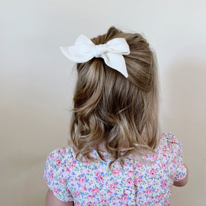 Milk Linen - Polly Bow