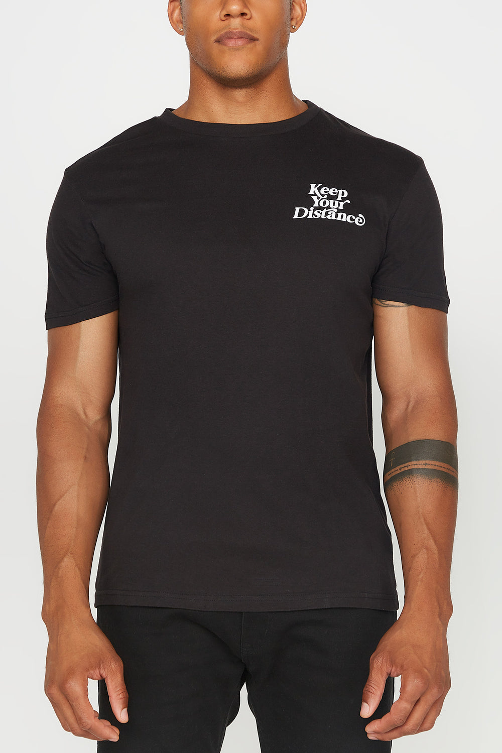 T-Shirt Keep Your Distance Young & Reckless Homme Noir