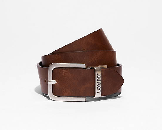 Incomparable Levi's  Reversible Core Belt in Canada