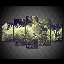 Load image into Gallery viewer, Chameleon 5 Panels Wood N Canvas Wall Art Paintings