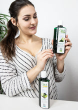 Load image into Gallery viewer, JUNOVEM COLE Spirulina Shampoo with Aloe Vera, Hair Thickening, Superfood Shampoo for Men and Women