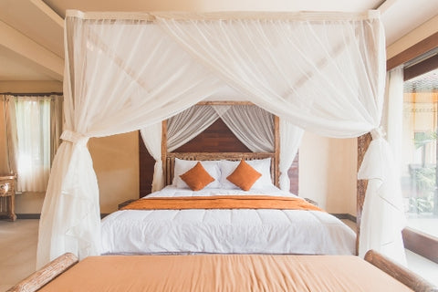 four poster beds canopy beds